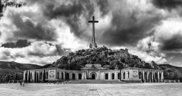 El_Valle_de_los_Caídos (1).jpg